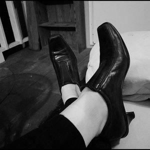 Prada kitten heels 37